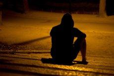 W Polsce 15 osób dziennie popełnia samobójstwo, 12 to mężczyźni.