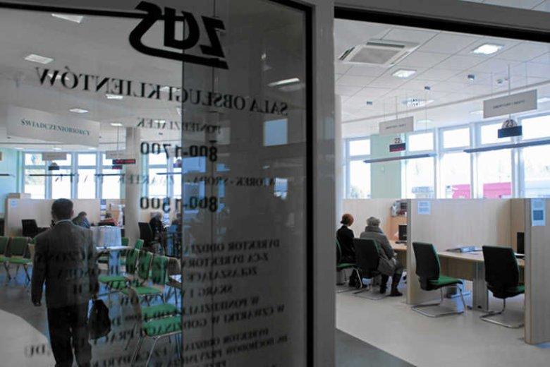 ZUS pisze do Polaków z informacją, ile dostaną emerytury. Niektórzy… 100 złotych.