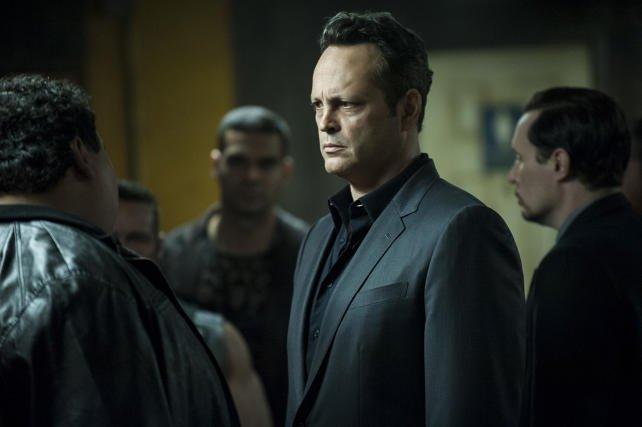 Vince Vaughn wciela się w drugim sezonie w rolę gangstera Franka Semyona. Jego gra pozostawia jednak sporo do życzenia.
