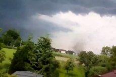 Trąba powietrzna zniszczyła ponad 20 budynków we wsi Kaniów.