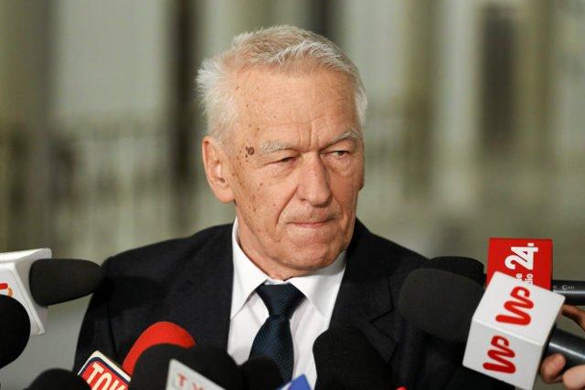 Kornel Morawiecki zapowiada stworzenie własnej frakcji politycznej.