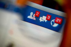 Facebook pomoże ci uporaćsię z zawodem miłosnym?