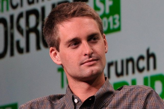 Evan Spiegel jest geniuszem.  Nie, nie dlatego, że stworzył Snapchata.