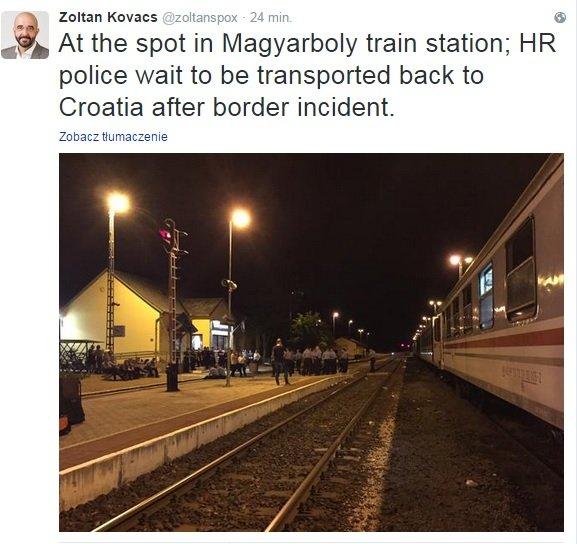 Chorwaccy policjani oczekują na pociąg