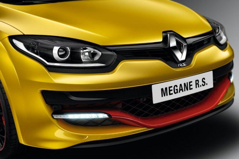 Prosta, zmysłowa i pełna ciepła, czyli nowa linia Renault Megane
