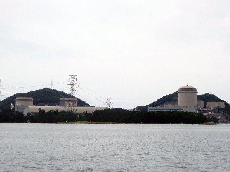 Elektrownia Jądrowa Mihama. Dwa bloki widoczne po lewej stronie nie wrócą już do eksploatacji. Przyszłość trzeciego pozostaje nieznana.