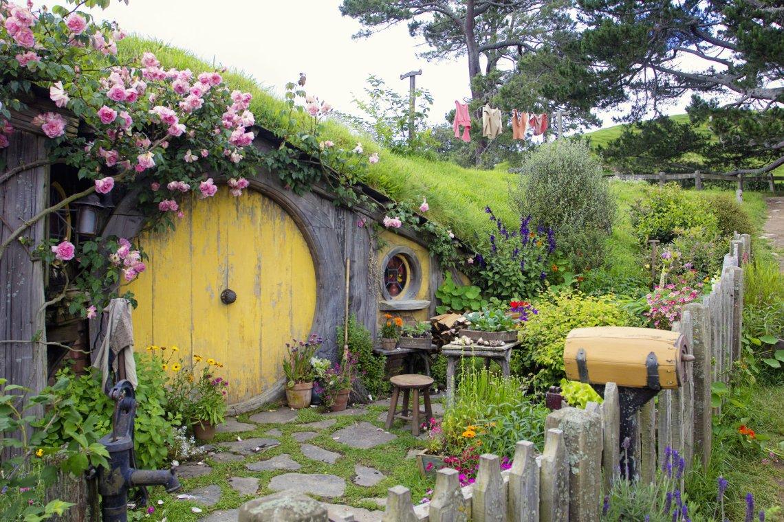 Hobbit Hole domek w Śródziemiu, czyli Matamata w Nowej Zelandii.