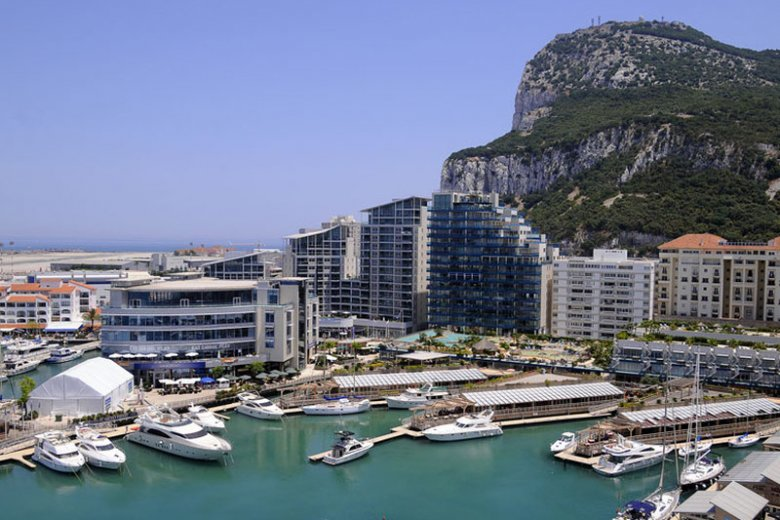 Donald Tusk w centrum dyplomatycznej wojny o Gibraltar.