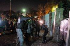 W Koninie doszło do protestów pod komendą policji po zastrzeleniu 21-letniego Adama C. przez funkcjonariusza.