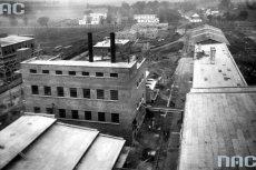 Fabryka celulozy w Niedomicach.
