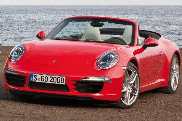 Porsche 911 - zwycięzca w kategorii aut 6-7 letnich (tylko 6.2% aut miało awarie), 8-9 letnich (8.8%) oraz 10 - 11 letnich (11% aut miało usterki).