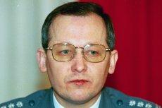 Generał Marek Papała został zastrzelony 25 czerwca 1998 roku przed blokiem, w którym mieszkał