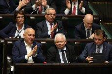 Jarosław Kaczyński systematycznie przejmuje Trybunał Konstytucyjny.