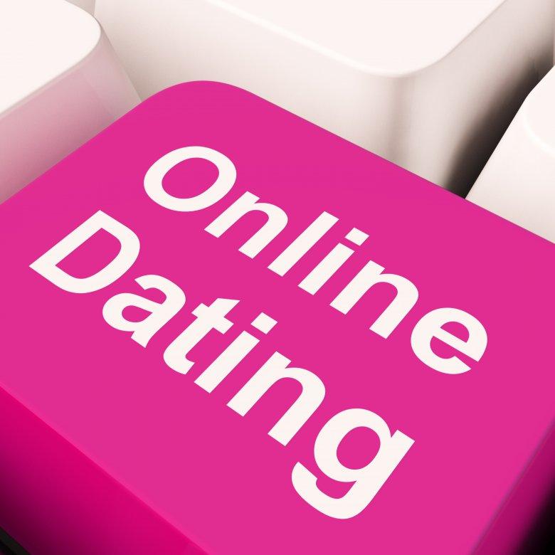 inne opcje poza randkami online Rihanna i Justin Timberlake spotykają się w 2011 roku
