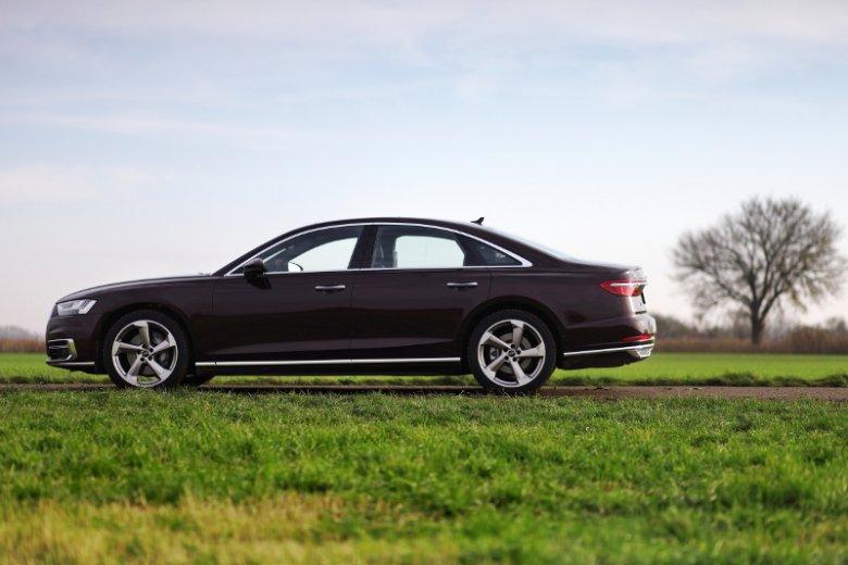 Brąz nie jest najlepszym wyborem koloru dla nowego Audi A8.