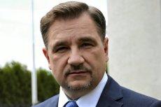 """Piotr Duda wytłumaczył się z wątpliwości wokół jego pobytów w hotelu """"Bałtyk""""."""