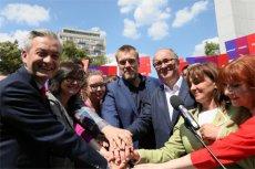 Politycy świętują zawiązanie bloku Lewicy.