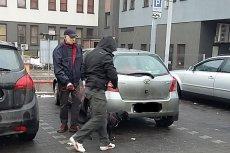 Łowca pedofilów, Krzysztof Dymkowski podczas akcji zatrzymania jednego z nich.