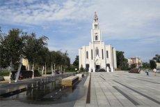 Z pozoru sielankowy widok na plac Szembeka kryje drugie dno...