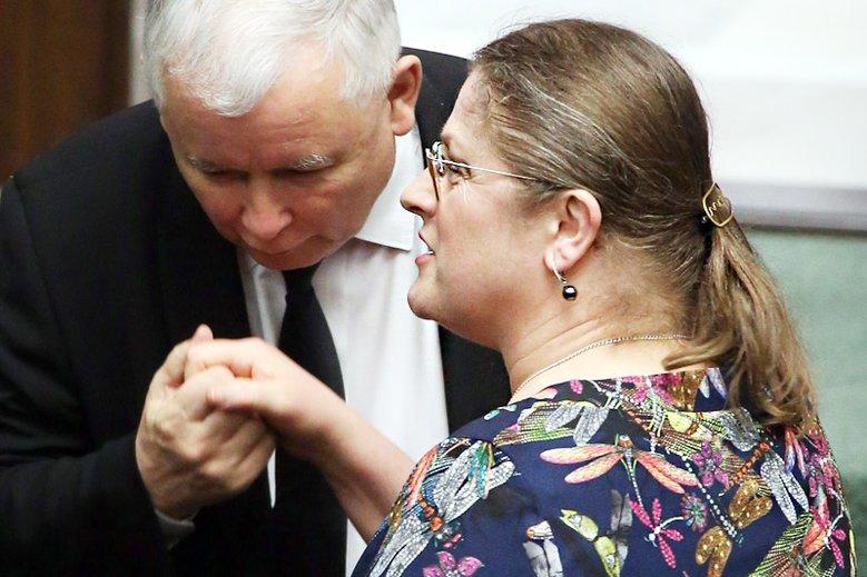 Krystyna Pawłowicz ze smutkiem wspomina dzień wejścia Polski do Unii Europejskiej.