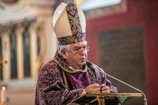 Biskupowi Tyrawie nie spodobały się efekty konsultacji z mieszkańcami Bydgoszczy.