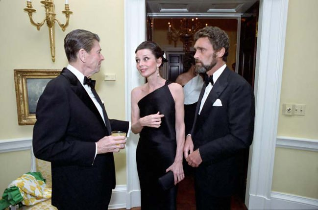Audrey Hepburn z wizytą u prezydenta Ronalda Reagana w Białym Domu.