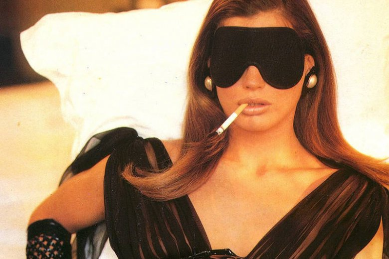 Kobieta z papierosem przez wielu uznawana jest za symbol seksu