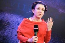 """Olga Tokarczuk otrzymała prestiżową nagrodę Man Booker International Prize za książkę""""Bieguni""""."""