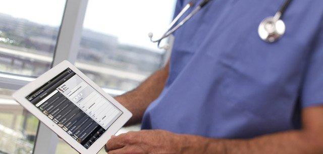 Elektroniczny obieg danych medycznych eliminuje zagrożenia. Fot. [url=http://bit.ly/1FzTHeD]NEC[/url] / [url=http://bit.ly/1mhaR6e]CC-BY-SA[/url]