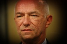 Zbigniew Ćwiąkalski, podał się do dymisji ze stanowiska ministra sprawiedliwości po samobójstwie ważnego więźnia