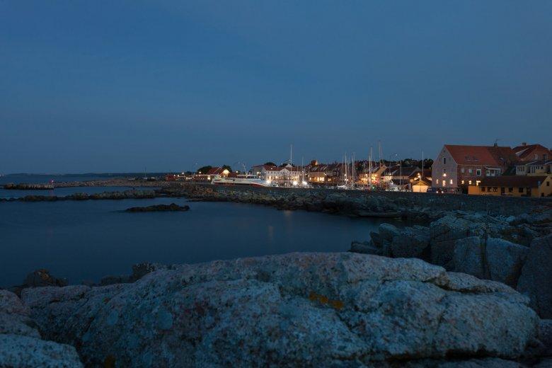 Wyspa Christianso nocą wygląda jeszcze bardziej tajemniczo...
