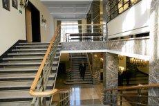 Dyplomacja i drogie meble w MSZ. Resort Radosława Sikorskiego nie oszczędzał na wystroju wnętrz