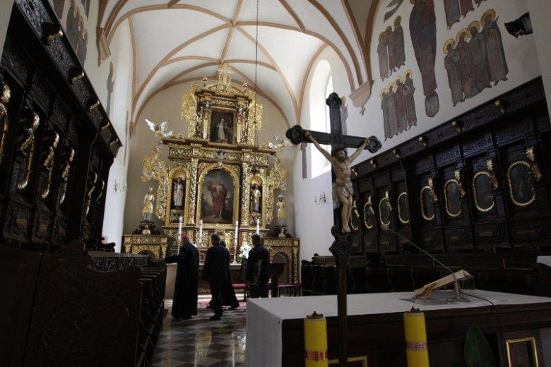 Chęciny, kościół św. Bartłomieja Apostoła. Od lat w tej parafii od domu do domu krąży lista ofiarodawców. Niektórzy mają już dość.