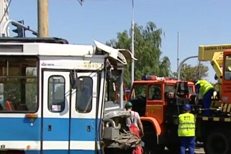 Wypadek z udziałem tramwaju we Wrocławiu.