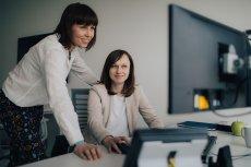 Elastyczny i skompresowany tryb pracy,  możliwość wielokierunkowego awansu oraz programy wsparcia dla rodziców czynią z Citi Service Center Poland przyjazne miejsce pracy dla kobiet
