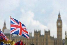 Parlament Wielkiej Brytanii nie zagwarantował jednak praw obywateli Unii Europejskiej po Brexicie. Dalszy los imigrantów będzie zależał od negocjacji Londynu z Brukselą.