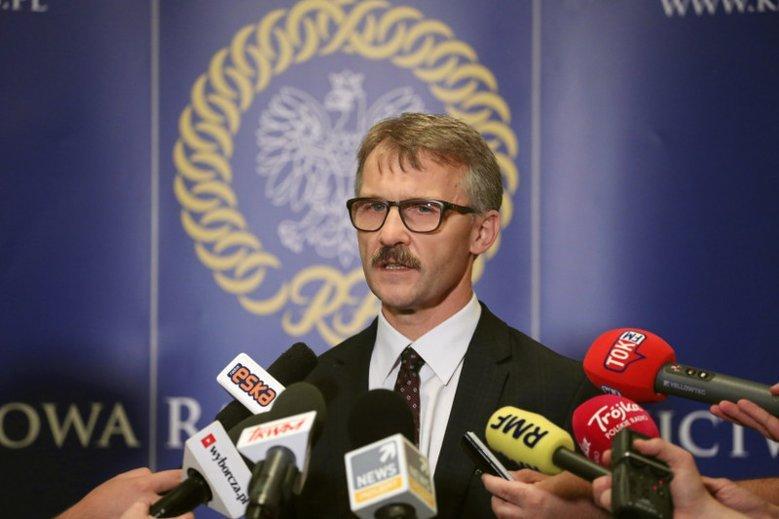 Szef KRS niemal wprost przyznaje, że nie jest niezależny. O zdanie będzie pytać Zbigniewa Ziobrę.