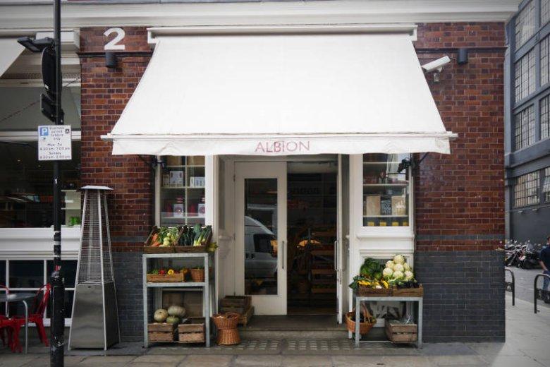 Albion Cafe - świetne pieczywo, ciastka i kawa