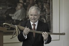 W rzeszowskiej podstawówce dzieci mogą wziąć udział w konkursie historycznym z wiedzy o Lechu Kaczyńskim.