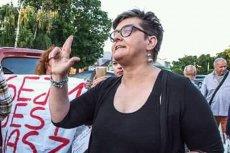 Elżbieta Podleśna bierze udział w antyrządowych demonstracjach.