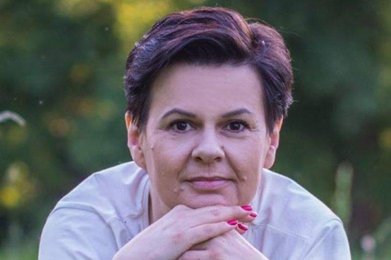 Renata Skoczek jest dyrektorką ZSP w Kobylnikach. Od 15 lat jest nauczycielką języka polskiego.