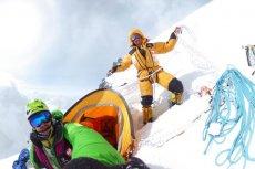 Denis Urubko opuścił bazę na K2 wraz z jednym z pakistańskich tragarzy.