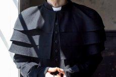 Zdaniem prokuratury nożownikiem, który w czerwcu zaatakował księdza we Wrocławiu był były franciszkanin.
