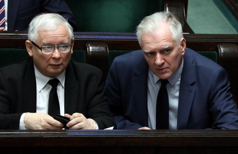 """Jarosław Gowin """"wyraził zdanie odrębne"""" w sprawie zapowiadanej przez Kaczyńskiego składek ZUS."""