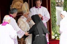 Papież Benedykt XVI podczas beatyfikacji Jana Pawła II