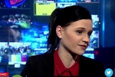 """Anna Machińska, reporterka programu """"W tyle wizji"""", została słownie zaatakowana przez współpracownika Obywateli RP, a teraz wyrasta na prawdziwą gwiazdę prawicy."""