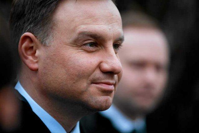 Andrzej Duda podkreśla, że Polska powinna prowadzić politykę unijną, ukierunkowaną w większym stopniu na własne interesy.