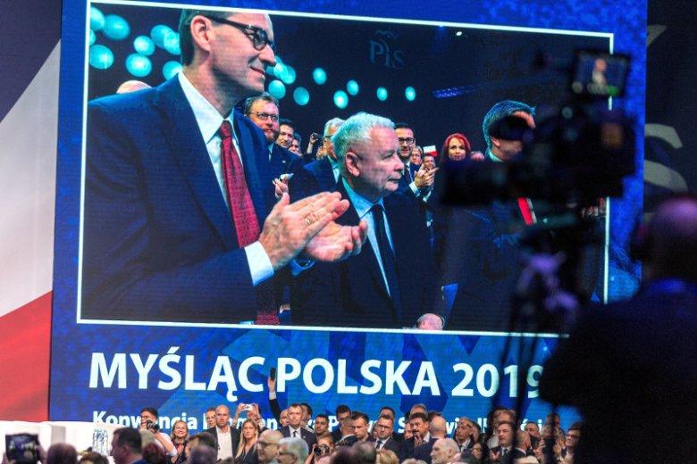 13 października wybory parlamentarne. PiS pozostaje liderem sondaży.