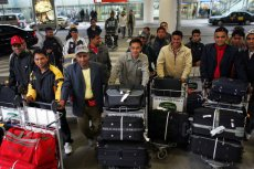 Polscy przedsiębiorcy coraz częściej zatrudniają Nepalczyków.