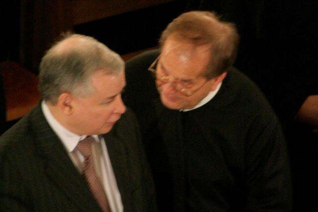 Jarosław Kaczyński i ojciec Rydzyk współpracują, bo muszą